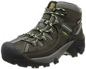 Winter hiking boots for women